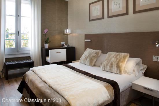 Hotel des Arceaux : Chambre classique n° 203