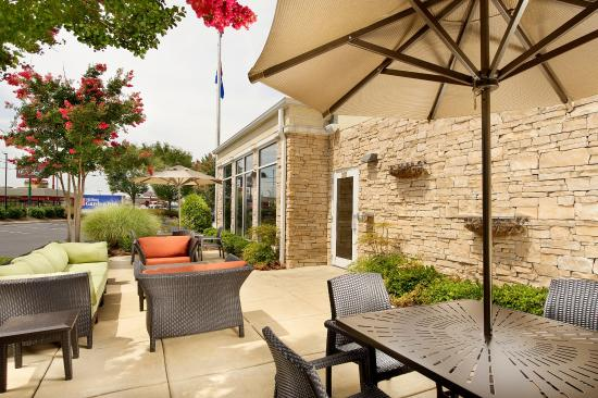 Hilton Garden Inn Chattanooga / Hamilton Place: Patio