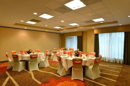 Kankakee, IL: Hotel Event Space