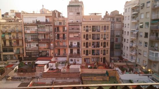 Barcelona Rooms: 20150808_205309_large.jpg