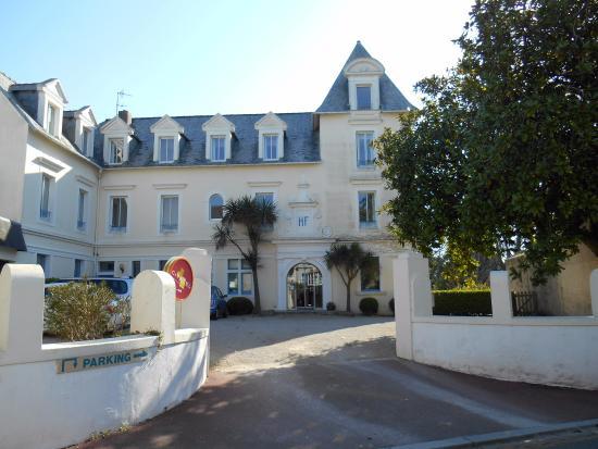 Photo of Hotel De France Saint Pol de Leon