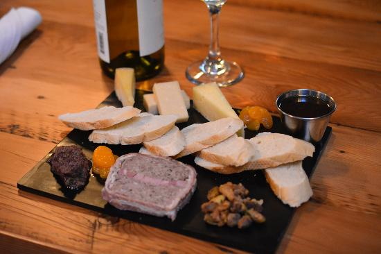 The Hyde Away Restaurant: Cheese & Charcuterie Plate