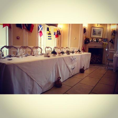 Goveton, UK: Top Table set up in the finction room downstairs