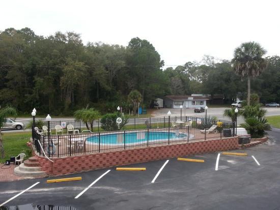 Rancho Inn: Pool