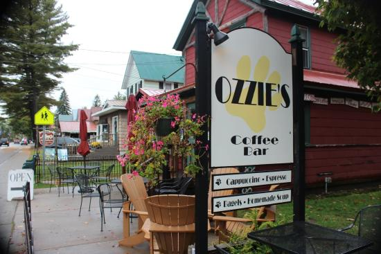 ‪Ozzie's Coffee Bar‬