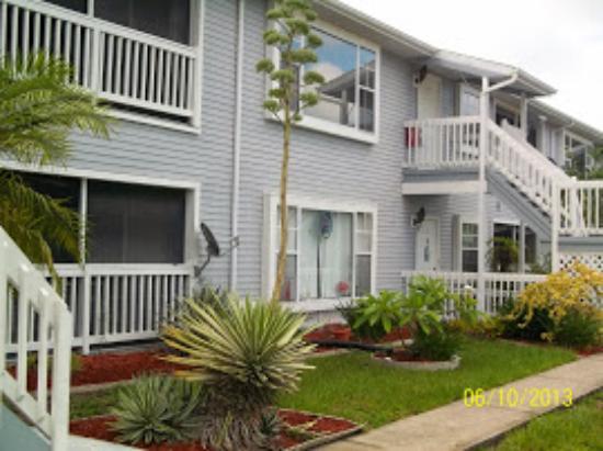 Rotonda West, FL: outside of condo
