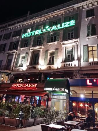 View of hotel from quai des belges photo de hotel aliz marseille vieux port marseille - Hotel alize marseille vieux port ...