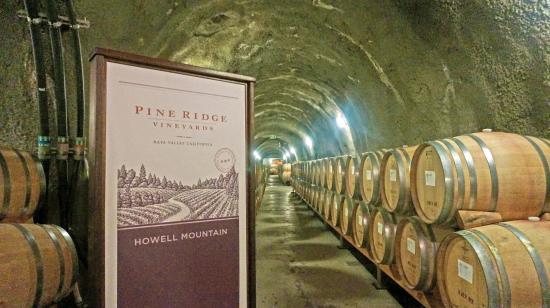 Pine Ridge Winery: Tour of winery