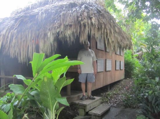 Lamanai Outpost Lodge: Our palapa hut