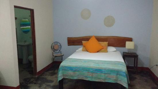 Cuesta Arriba Hotel: New privates for up to 4 people with A/C!