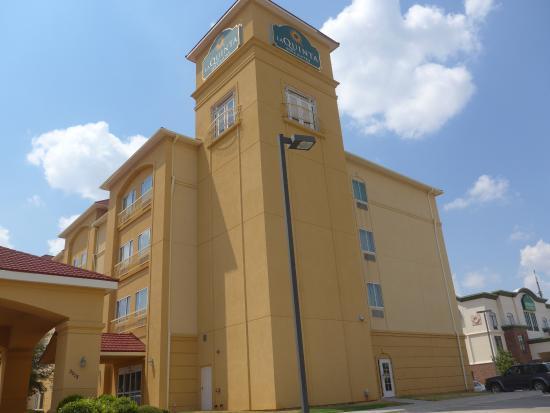 La Quinta Inn & Suites Abilene Mall: La Quinta Abilene exterior