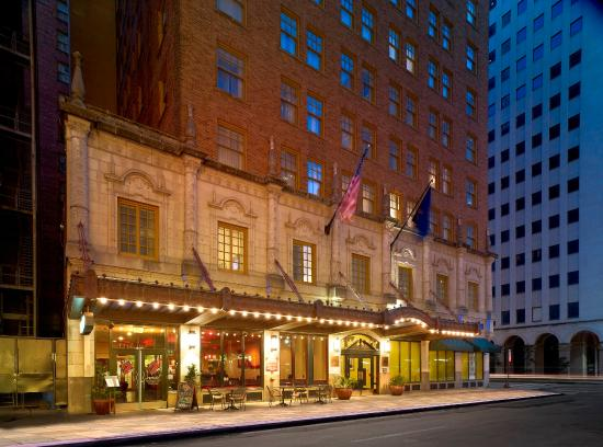 Photo of Club Quarters in Houston