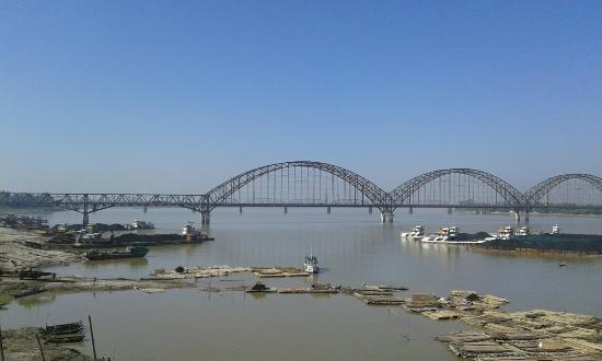 ‪‪Sagaing‬, ميانمار: New bridge (sagaing bbridge)‬