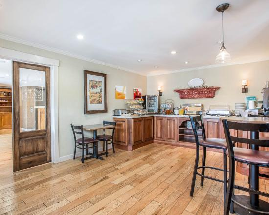 Quality Inn Santa Ynez Valley: Breakfast Room