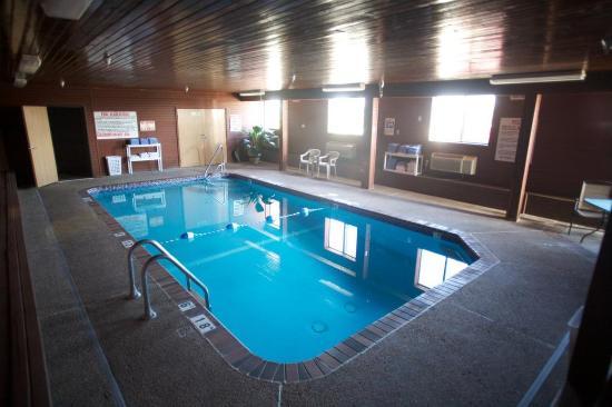 York, NE : Pool view