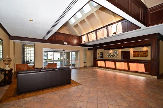 St. Catharines, Canada: Front Desk