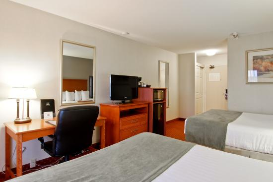 Best Western St. Catharines Hotel & Conference Centre: Two Queen Bedroom