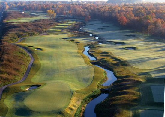 BEST WESTERN St Catharines Hotel & Conference Centre: Niagara Golf Getaway Packages Available