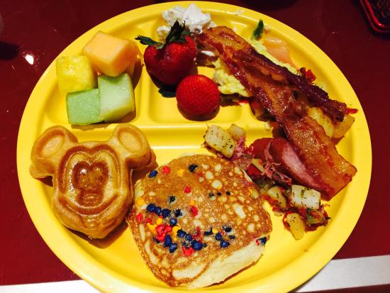 Phenomenal Breakfast Buffet With Mickey Waffle Picture Of Chef Download Free Architecture Designs Lectubocepmadebymaigaardcom