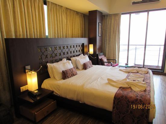 Hotel Sea Fans: Decent Lingting arrangement
