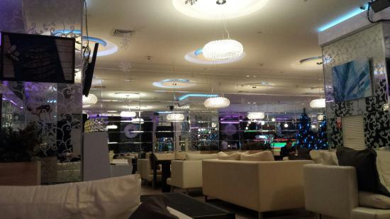 Sashas Bar