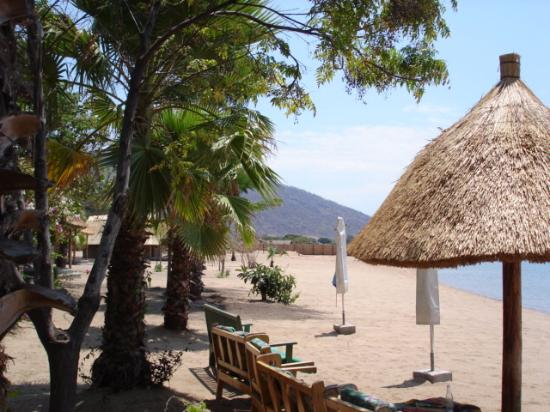 Chembe, Malawi: Lovely Beach in front of Eagles Nest