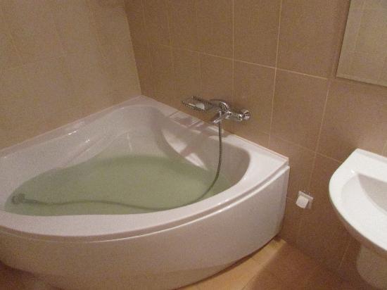 Novovolynsk, Ukraina: bathroom