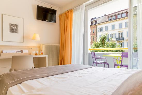 Hotel des Arts: Chambre individuelle spacieuse