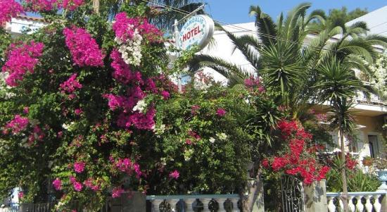 Photo of Hotel Sandalis Sámos