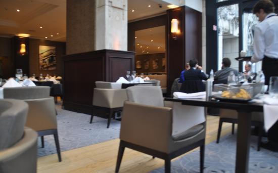 photo0.jpg - Picture of Brasserie Flo Antwerp ead7c52af4c