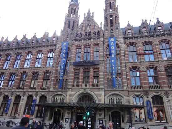 20151215 164957 picture of dam square for Dam in amsterdam