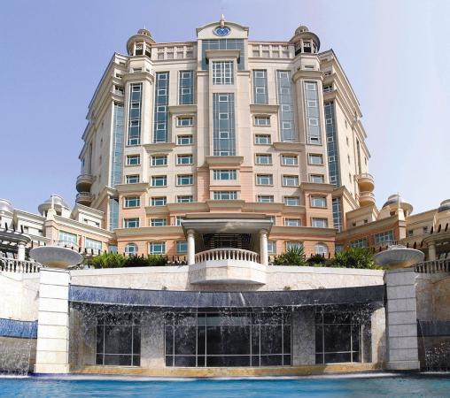 Photo of Al Murooj Rotana Dubai