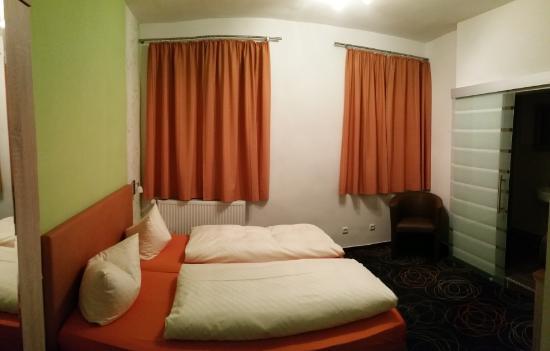 Gasthof Post: Bedroom