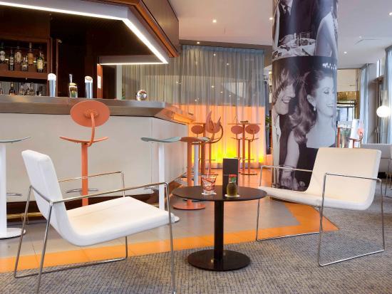 mercure paris boulogne boulogne billancourt frankrike. Black Bedroom Furniture Sets. Home Design Ideas