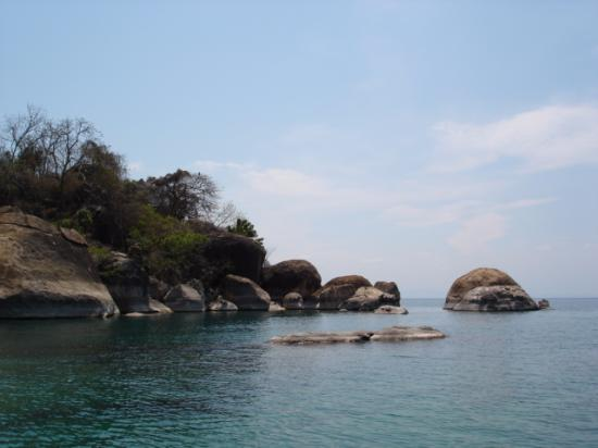 Dive Centre - Cape Maclear: Rocky shores of Cape maclear
