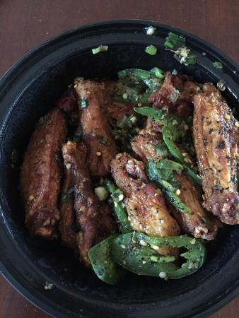 Lieu's Chinese Bistro: Salt n pepper chicken wings-to go. Mm mm