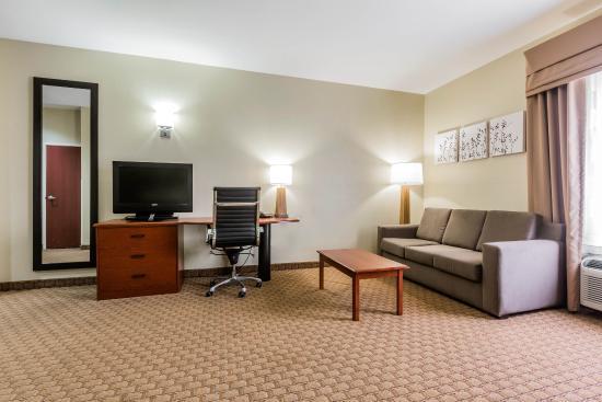 Millbrook, AL: Suite