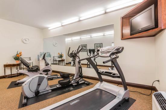 Millbrook, AL: Fitness Center