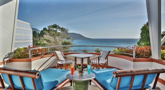 Mom Tri's Villa Royale: Penthouse Suite