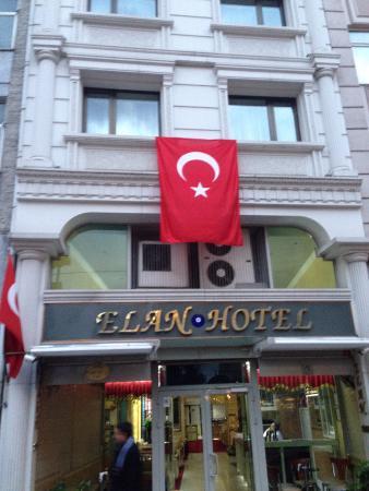 Elan Hotel: Фасад
