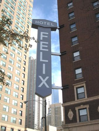 Hotel Felix: At the Corner of Clark and Huron in River North