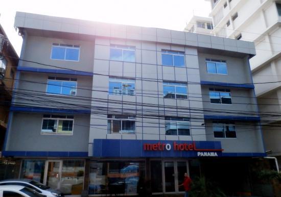 Metro Hotel Panama : Metro Hotel Front view