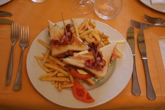 Ristorante Belle Isole: Club Sandwich