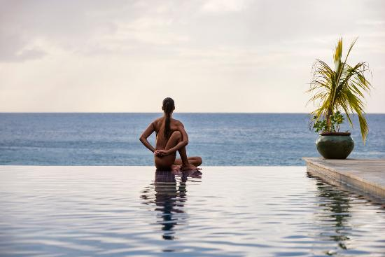 BodyHoliday Saint Lucia: Infinity Pool Yoga