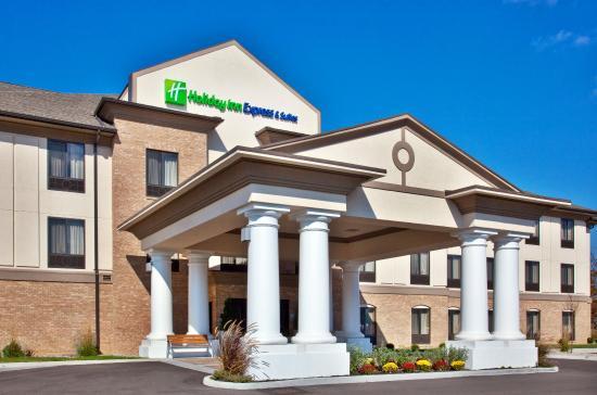 Crawfordsville, IN: Hotel Exterior