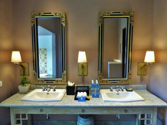 Sudamala Suites & Villas: Bathrooom (Studio)