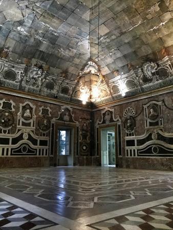 Sala degli specchi picture of villa palagonia bagheria - Sala degli specchi ...