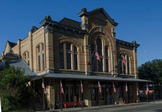 ‪1886 Stafford Opera House‬