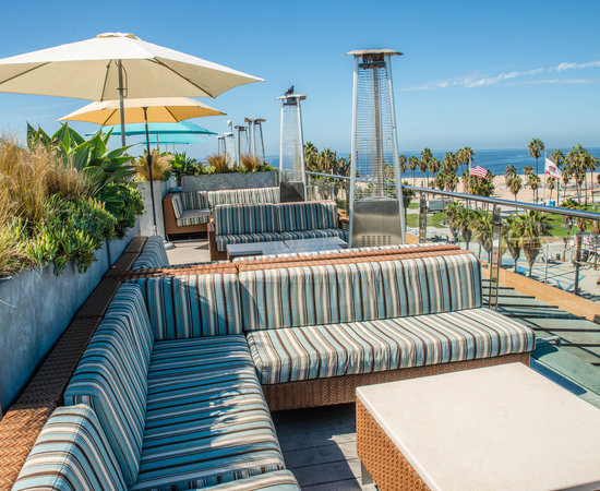 Can T Beat The Rooftop Bar Review Of Hotel Erwin Los Angeles Ca Tripadvisor