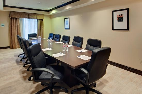 Holiday Inn Express Hotel & Suites Albuquerque Airport: Boardroom